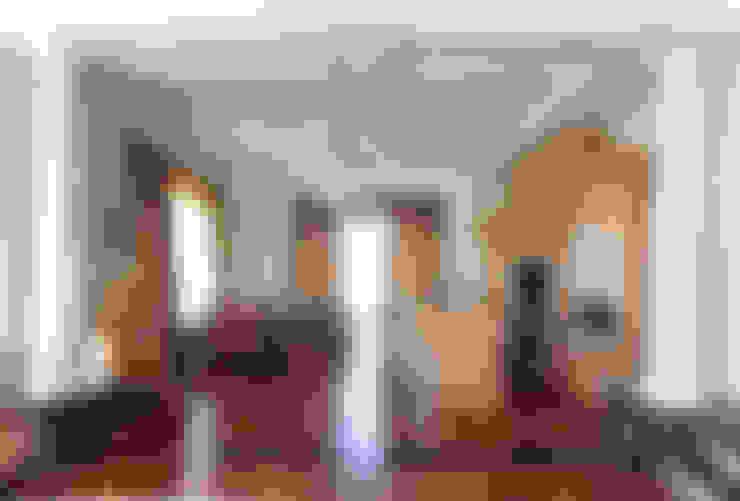 Коттедж в п. Шувакиш: Кухни в . Автор – Архитектурно-дизайнерская студия 'Арт Диалог'