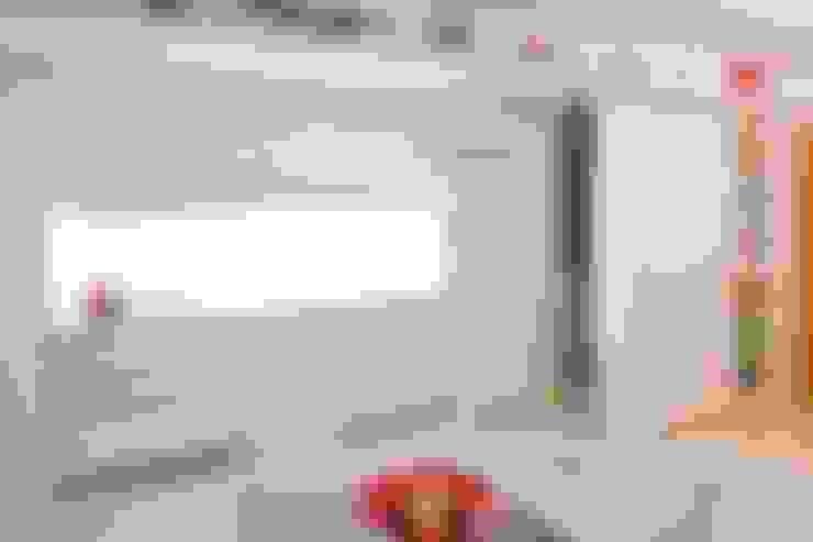 APP | Cozinha: Cozinhas  por Kali Arquitetura