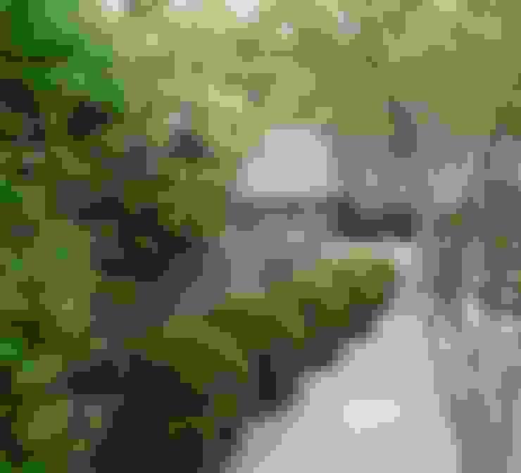 Jardines de estilo  por Ruth Willmott
