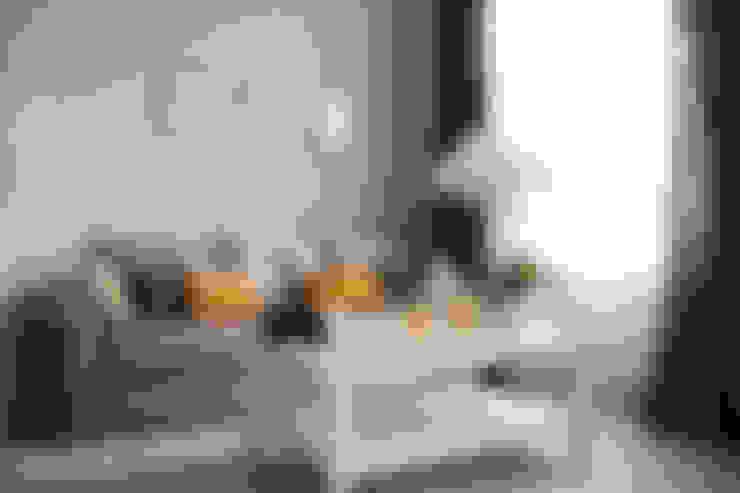 Salas / recibidores de estilo  por Grey shade interiors