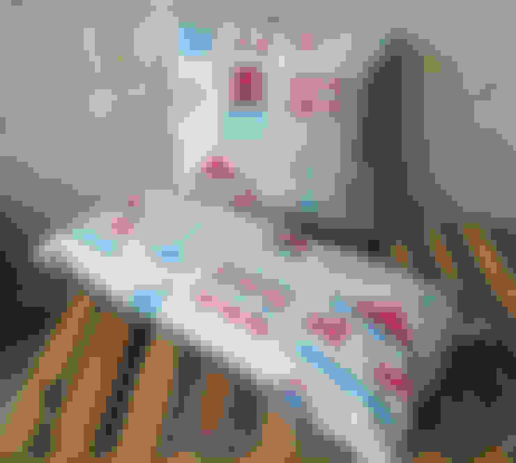 Casa in stile  di Anna Bird Textiles