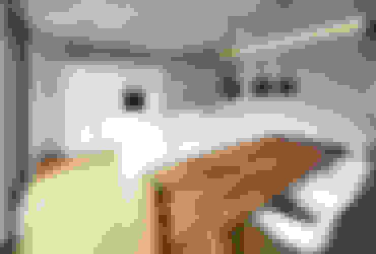 Kitchen by Schiller Architektur BDA