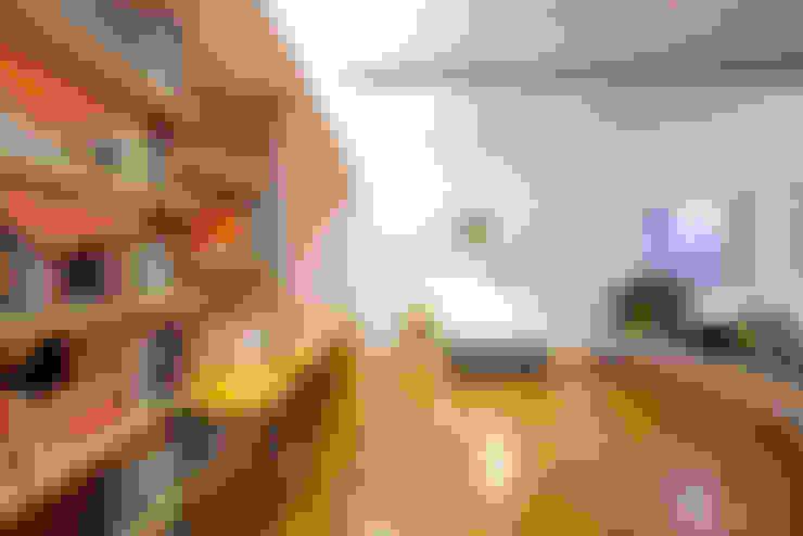 Apartamento Maria Antônia: Salas de estar  por Zemel+ ARQUITETOS