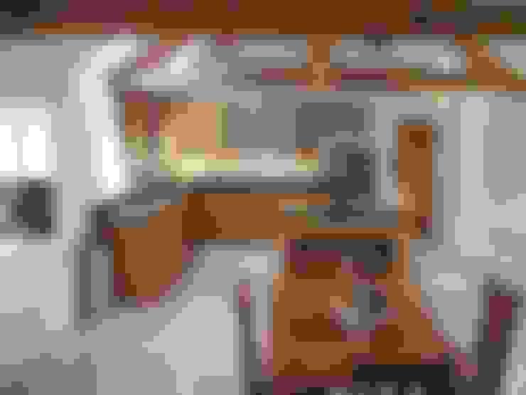 Nhà bếp by Churchwood Design