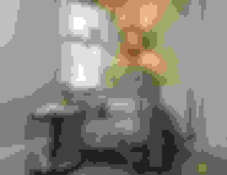 Katie Malik Interiors:  tarz Oturma Odası