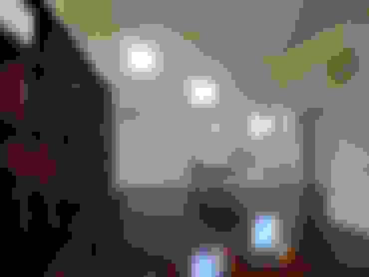 石壁の家: プラソ建築設計事務所が手掛けたダイニングです。