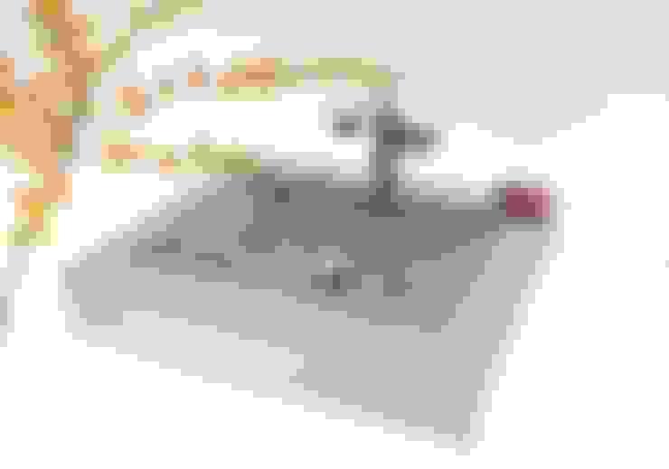 Salle de bain de style  par Die Betonagerie