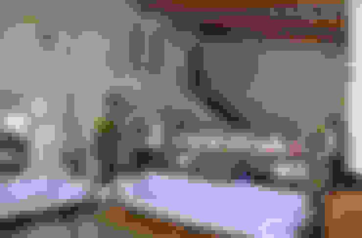 Salas de estilo  por Studio di Bioarchitettura Brozzetti Adriano