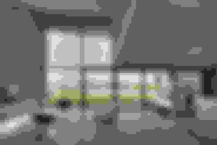 Ruben Valdemarin Arquitecto:  tarz Oturma Odası