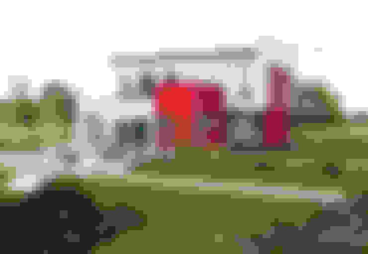 Casas  por ELK Fertighaus GmbH