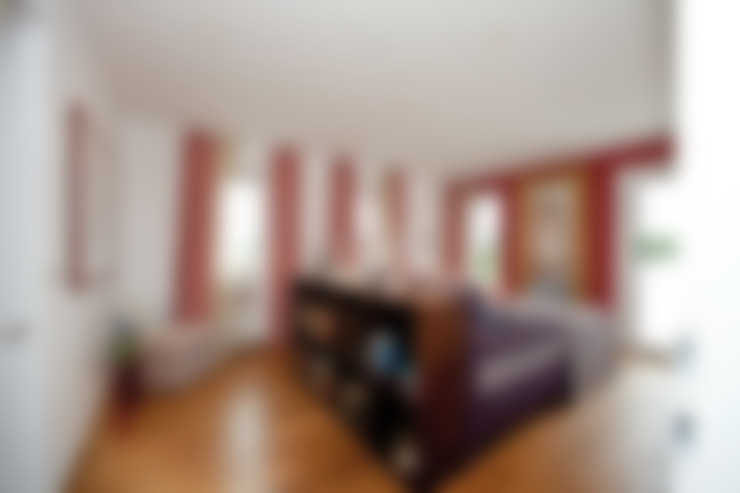 Bedroom by ELK Fertighaus GmbH