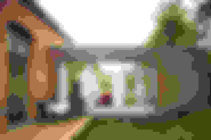 Jardines de estilo  por Carlos Zwick Architekten