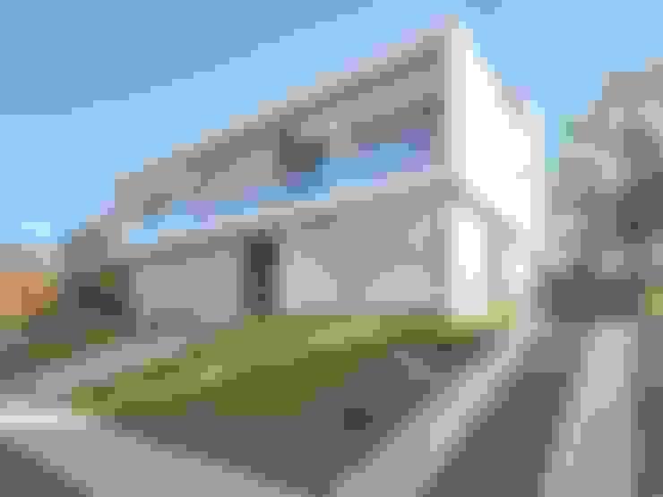 Casas de estilo  por Estudio A+3