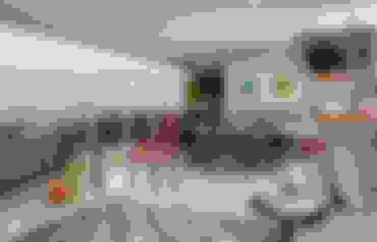 Ed. Único Condominium Classic: Terraços  por Rodrigo Maia Arquitetura + Design