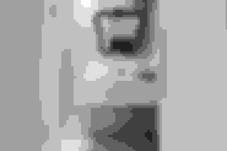 Apartamento Getúlio das Neves: Banheiros  por Cerejeira Agência de Arquitetura