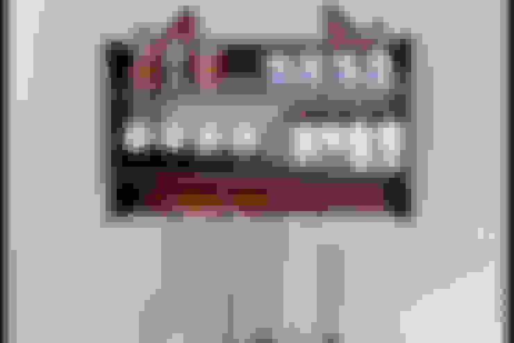 Kitchen تنفيذ Pons Home Design
