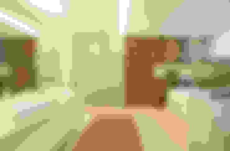 Banheiro do casal: Banheiros  por Arquitetura e Interior
