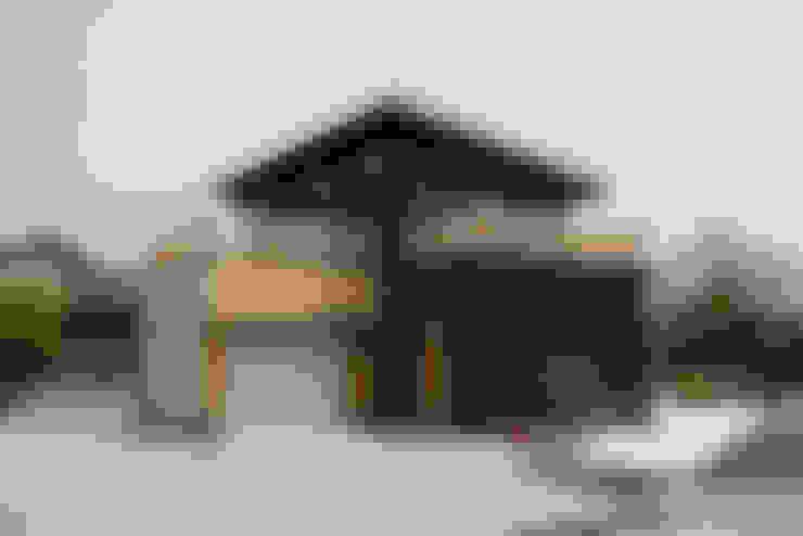 Rumah by 有限会社クリエデザイン/CRÉER DESIGN Ltd.