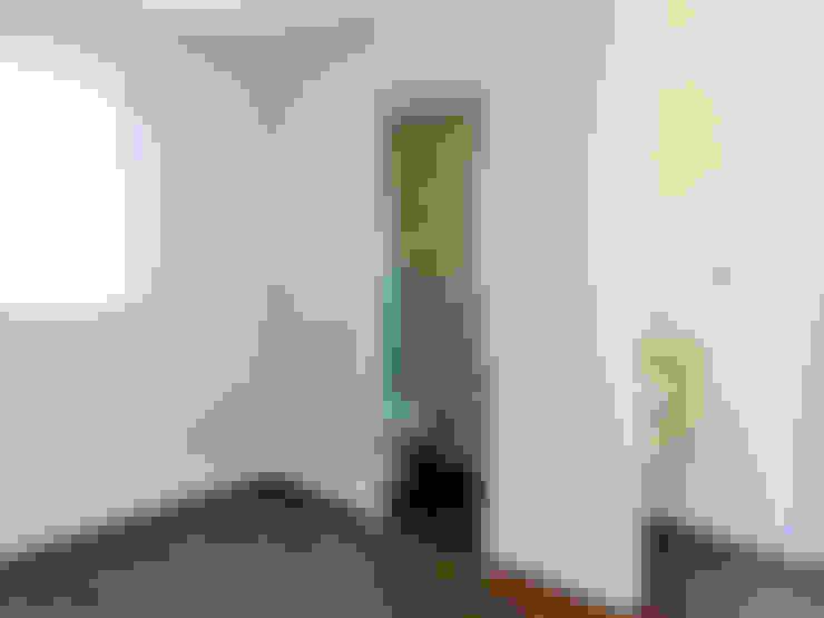 トイレ: 高嶋設計事務所/恵星建設株式会社が手掛けた洗面所&風呂&トイレです。