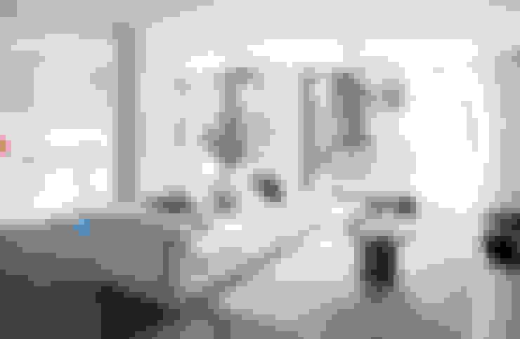 Salas / recibidores de estilo  por Engel & Völkers Bodrum