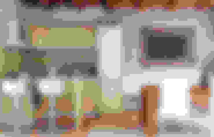 Cocinas de estilo  por redesign lab