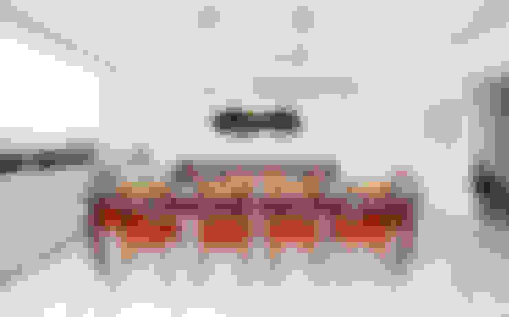 VNC APARTAMENTO : Salas de jantar  por Noura van Dijk Interior Design