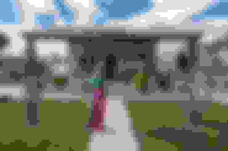 Casas  por LLIBERÓS SALVADOR Arquitectos