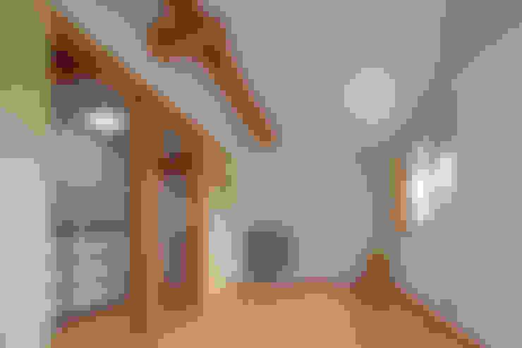 Chambre d'enfant de style  par 田中ナオミアトリエ