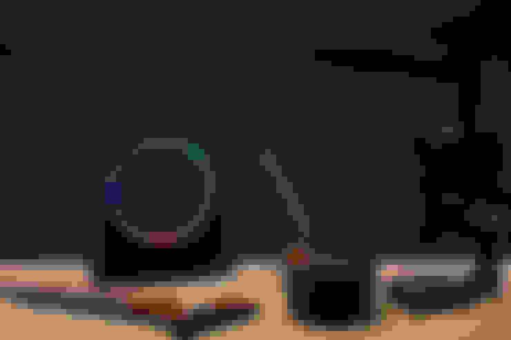 ColourMyTime, model Shackle:  Kunst  door ColourMyTime