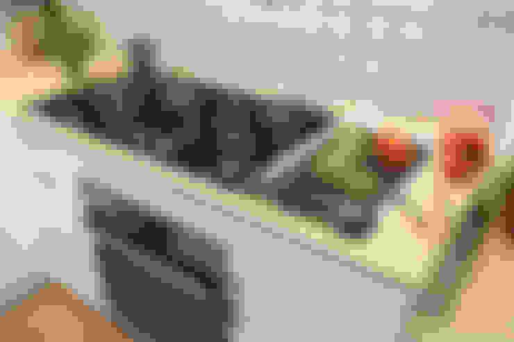 Cucina in stile  di Küchen Quelle