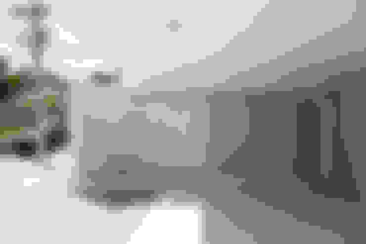 บ้านและที่อยู่อาศัย by SAA_SHIEH ARQUITETOS ASSOCIADOS