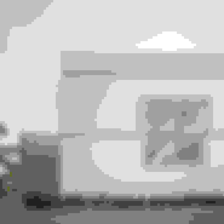 Casas  por M設計工房