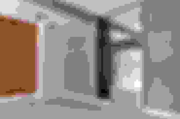 Closets de estilo  por WE LOFT DESIGN
