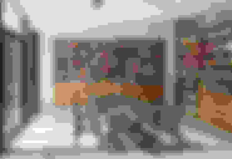 غرفة السفرة تنفيذ Robert Gurney Architect