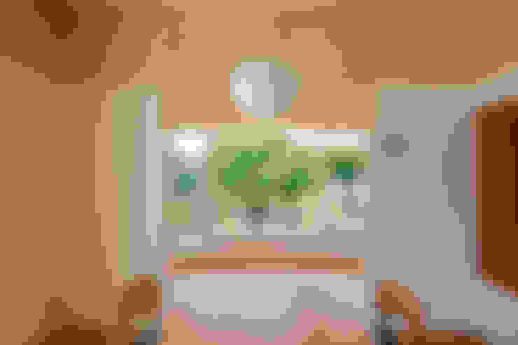 Sala da pranzo in stile  di 矢内建築計画 一級建築士事務所