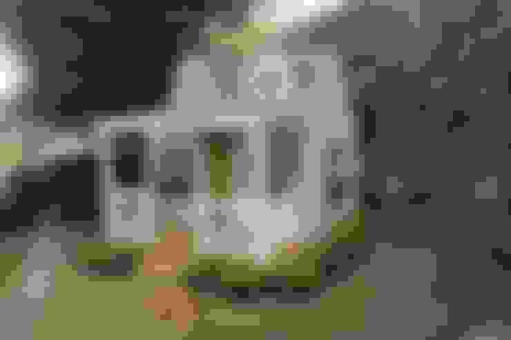 Minik Ev – Backyard Cottage:  tarz Bahçe