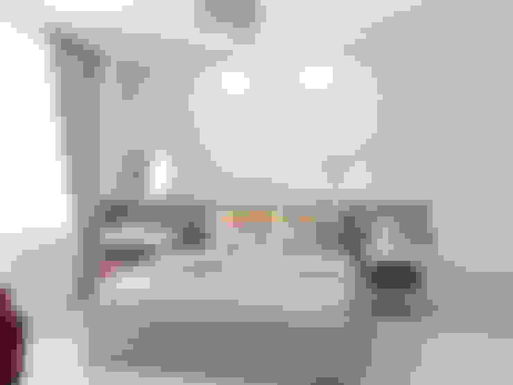 Dormitorios de estilo  por Ekaterina Donde Design