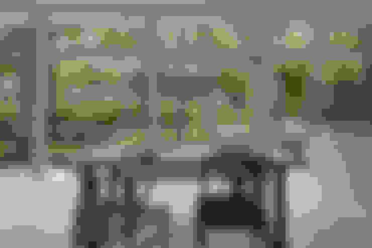 036軽井沢Kさんの家: atelier137 ARCHITECTURAL DESIGN OFFICEが手掛けたダイニングです。