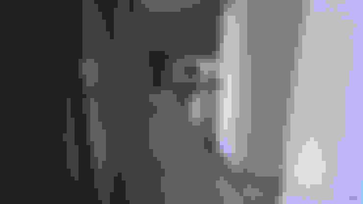 Corridor & hallway by ARRIVETZ & BELLE