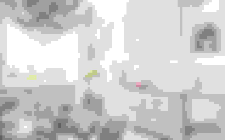 Nhà bếp by Samarina projects