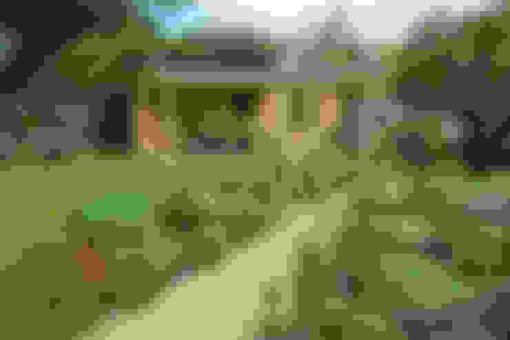 Garden by Cowen Garden Design