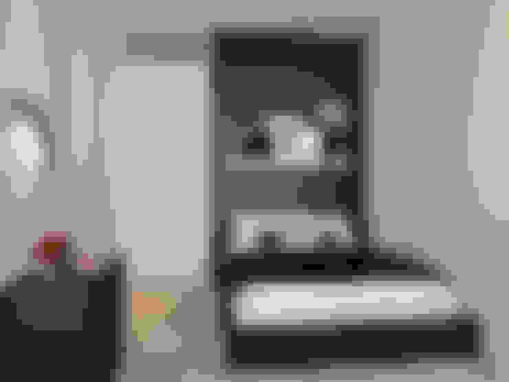 Master bedroom in black:  Slaapkamer door Levenssfeer