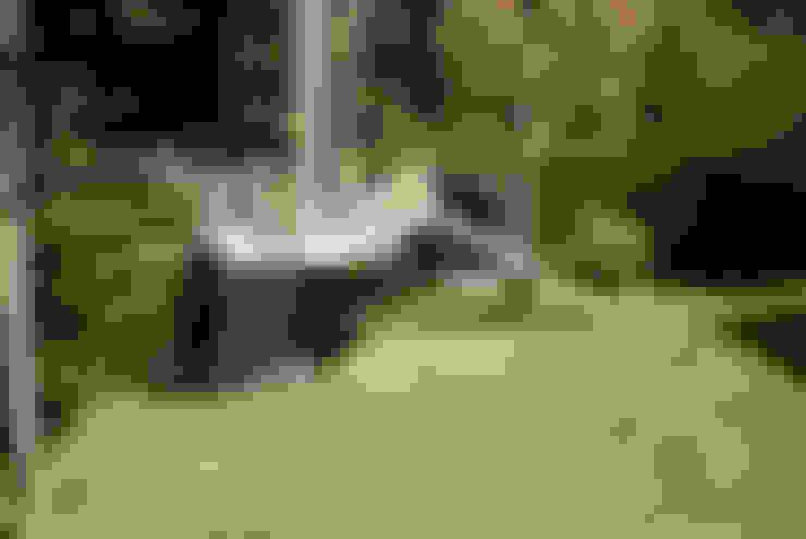 Garden by artilignum