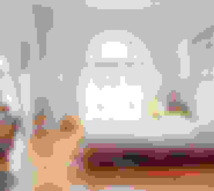 Спальная комната  в . Автор – MR Pallets en Kisten