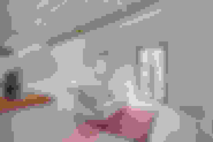 Ruang Keluarga by Lara Pujol  |  Interiorismo & Proyectos de diseño
