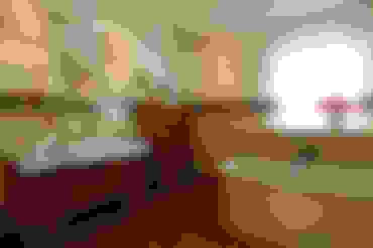 Загородный дом 360м2: Ванные комнаты в . Автор – Tatiana Ivanova Design