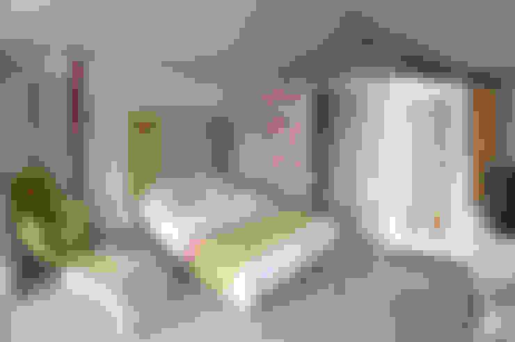 Habitaciones de estilo  por SAKLI GÖL EVLERİ