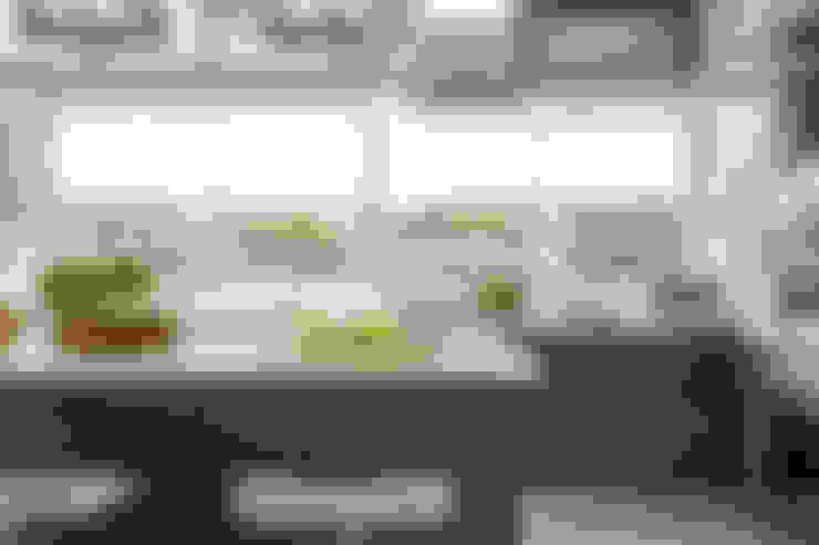 Cozinhas  por GUTMAN+LEHRER ARQUITECTAS