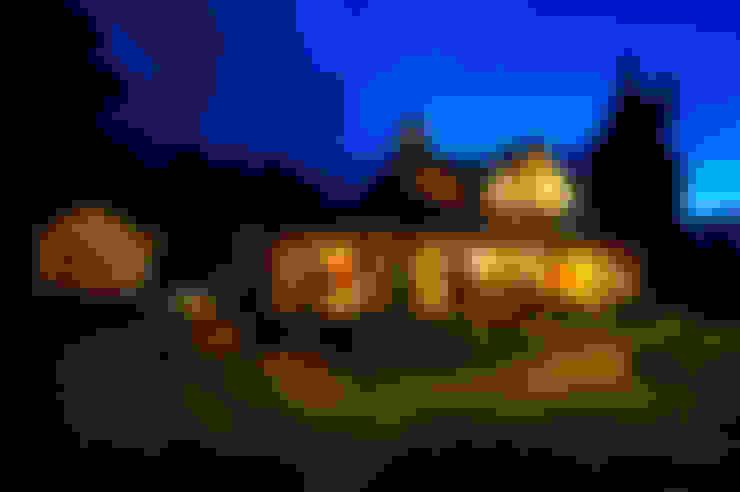 Casas unifamiliares de estilo  por Patagonia Log Homes - Arquitectos - Neuquén