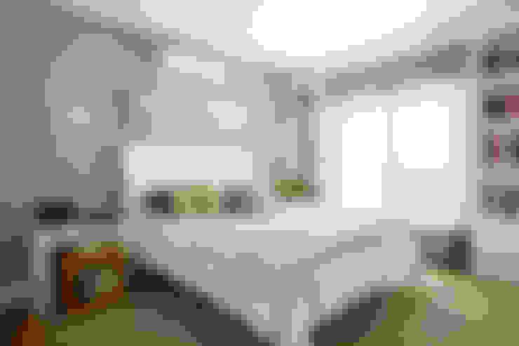 Спальни в . Автор – Liliana Zenaro Interiores